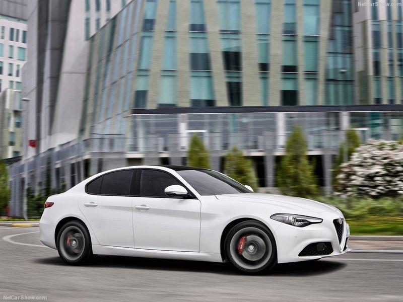Alfa_Romeo-Giulia-2016-800-0d