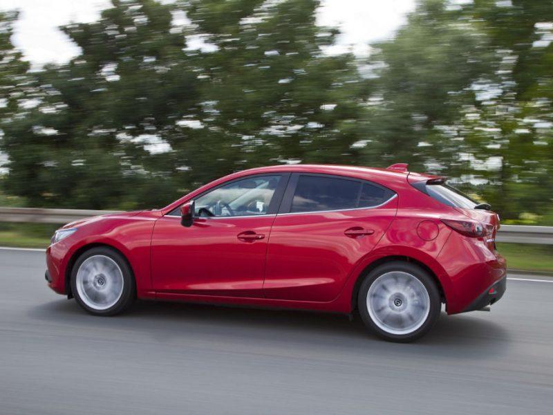 All-new-Mazda-3-Hatcback-Side-carwitter
