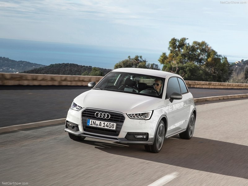 Audi-A1-2015-800-07