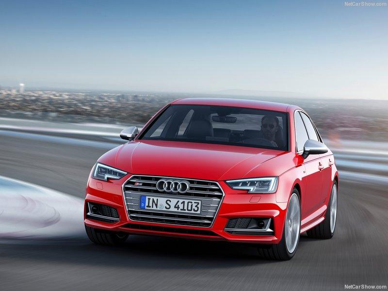 Audi-S4-2017-800-08