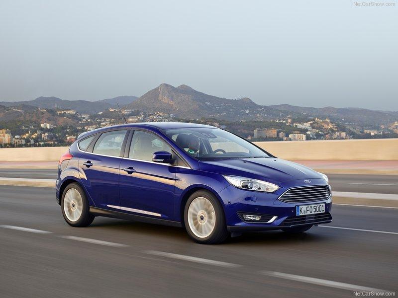 Ford-Focus-2015-800-06