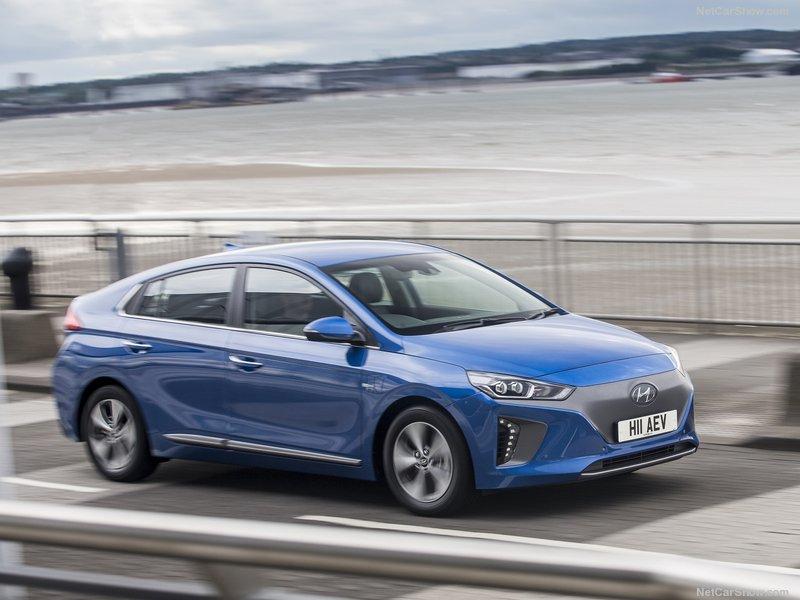 Hyundai-Ioniq_UK-Version-2017-800-1e