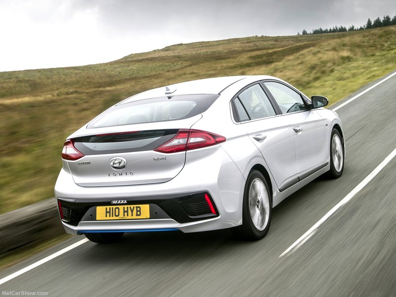 Hyundai-Ioniq_UK-Version-2017-800-45