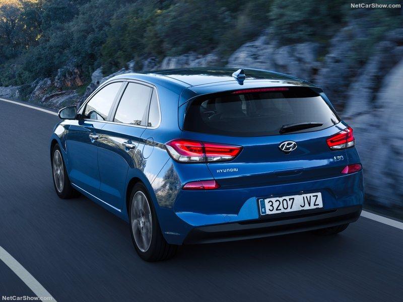 Hyundai-i30-2017-800-1a