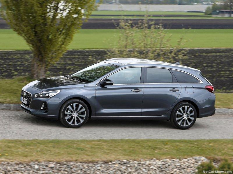 Hyundai-i30_Tourer-2018-800-02