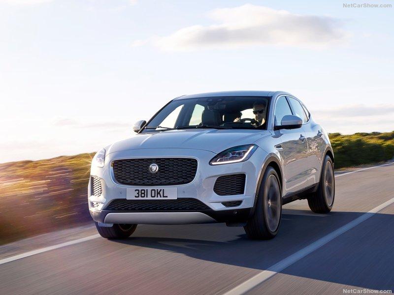 Jaguar-E-Pace-2018-800-05