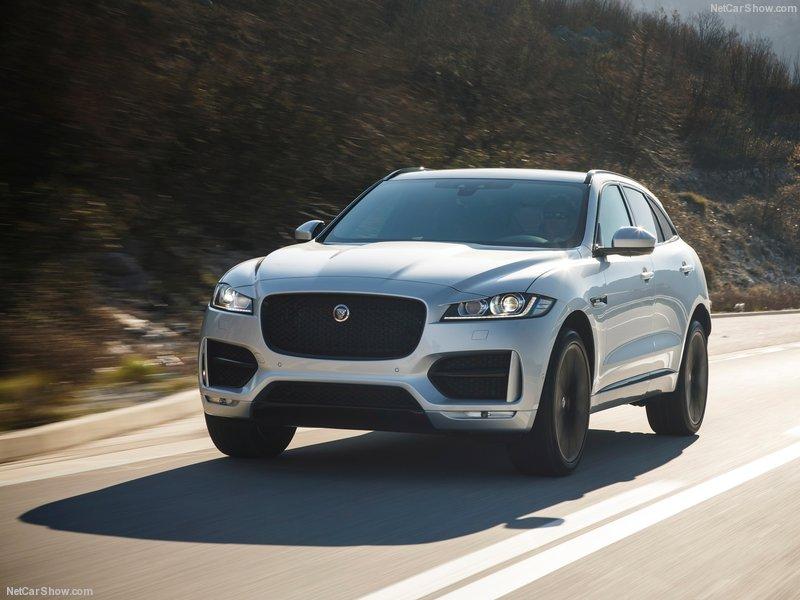 Jaguar-F-Pace-2017-800-2e