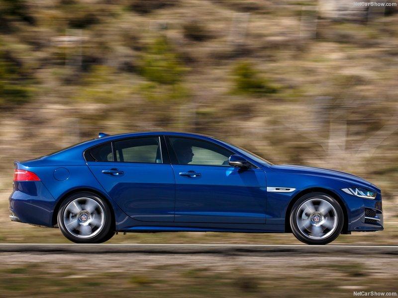 Jaguar-XE-2016-800-4f