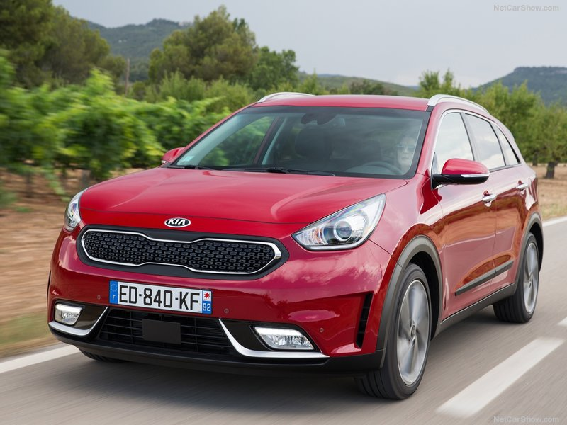 Kia-Niro_EU-Version-2017-800-18