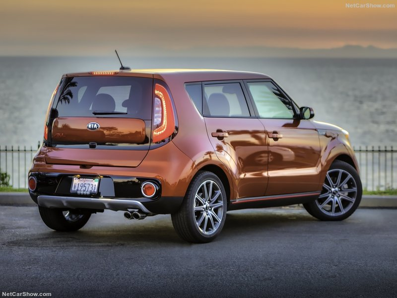 Kia-Soul_Turbo-2017-800-07