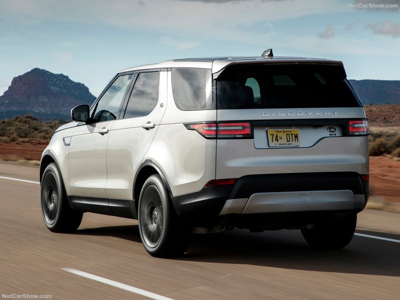 http://www.carplanetcontracts.com/wp-content/uploads/Land_Rover-Discovery_Sd4-2017-800-5e.jpg