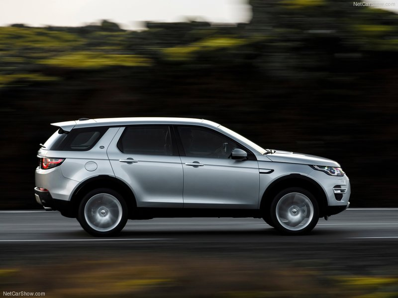 Land_Rover-Discovery_Sport-2015-800-36