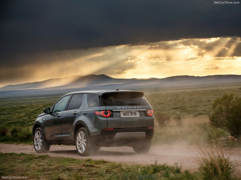 Land_Rover-Discovery_Sport-2015-800-41