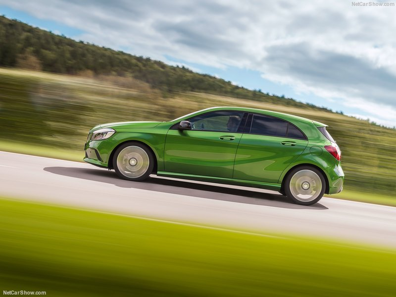 Mercedes-Benz-A-Class-2016-800-1e