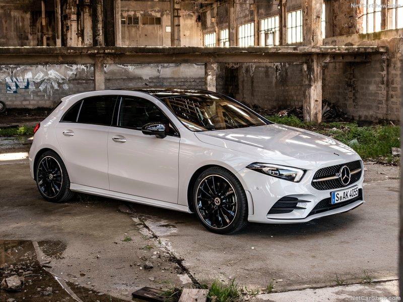Mercedes-Benz-A-Class-2019-800-03
