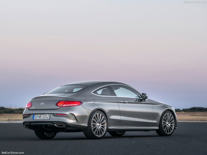 Mercedes-Benz-C-Class_Coupe-2017-800-22