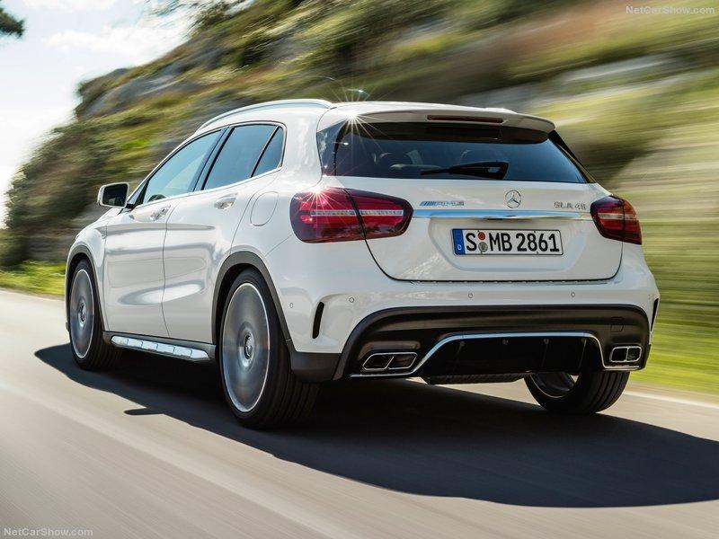 Mercedes-Benz-GLA45_AMG-2018-800-19