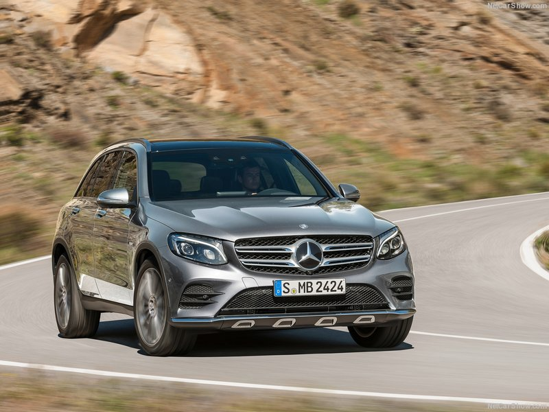 Mercedes-Benz-GLC-2016-800-13