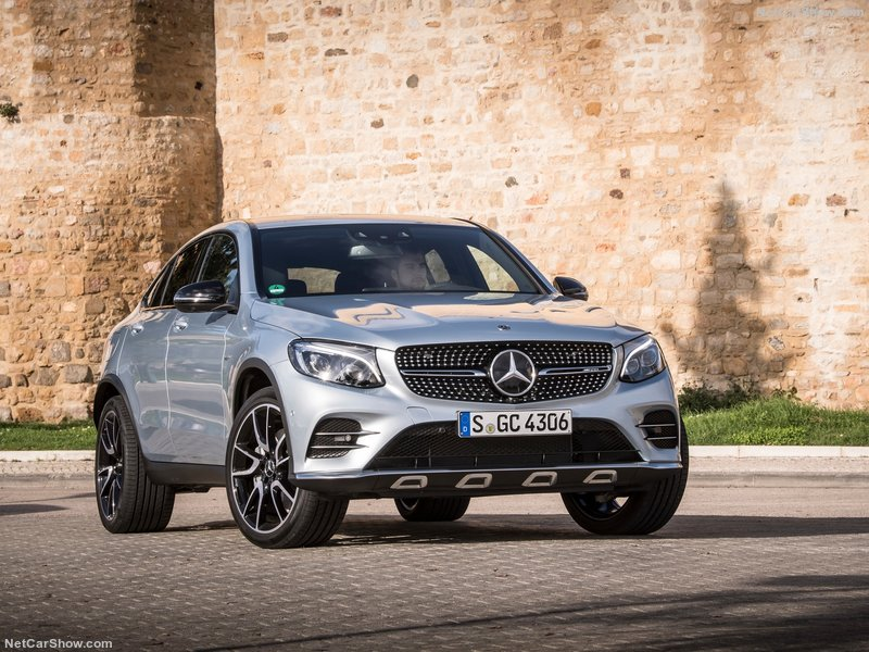 Mercedes-Benz-GLC43_AMG_4Matic_Coupe-2017-800-06