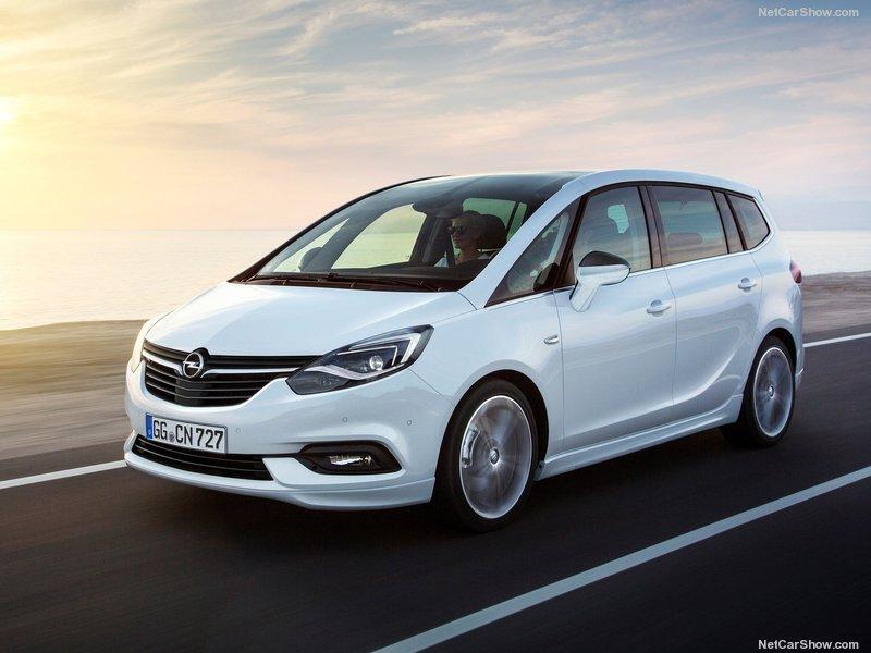 Opel-Zafira-2017-800-09