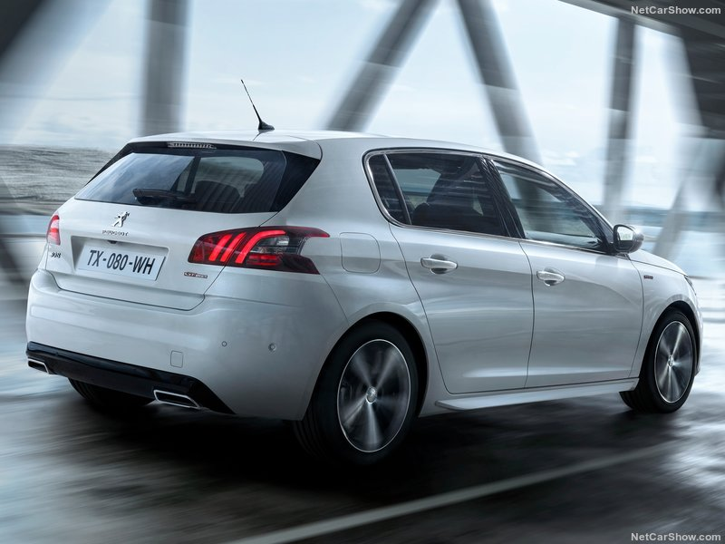 Peugeot-308-2018-800-06