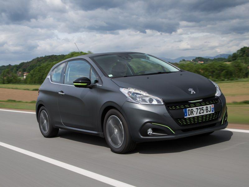 Peugeot208BlueHDi75 0715(5)