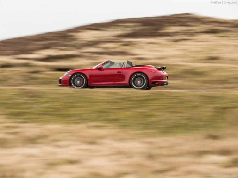Porsche-911_Carrera_4_Cabriolet-2016-800-0a