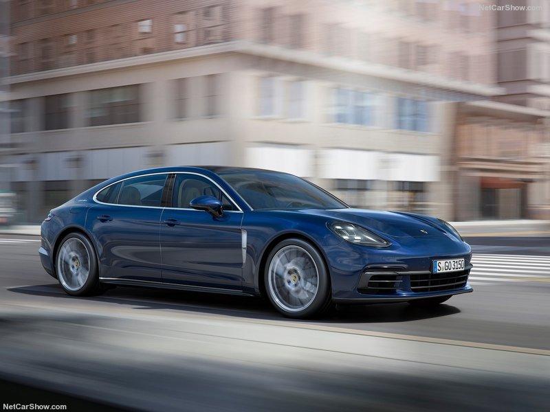 Porsche-Panamera_Executive-2017-800-01