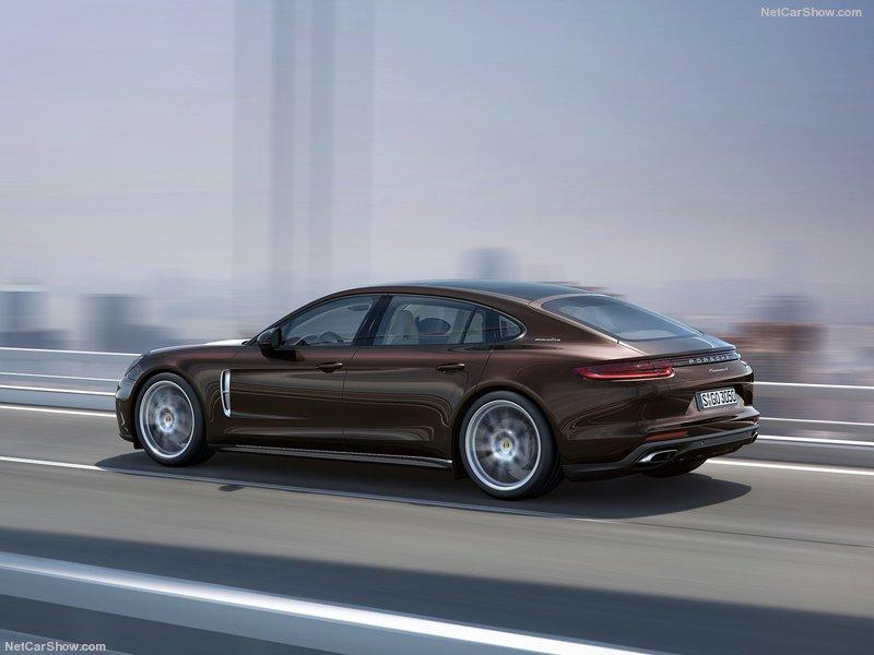 Porsche-Panamera_Executive-2017-800-0d