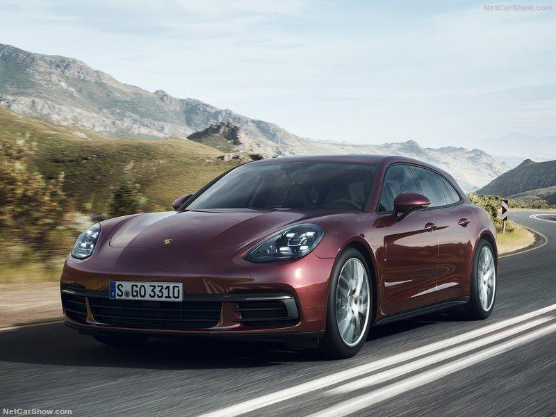 Porsche-Panamera_Sport_Turismo-2018-800-07