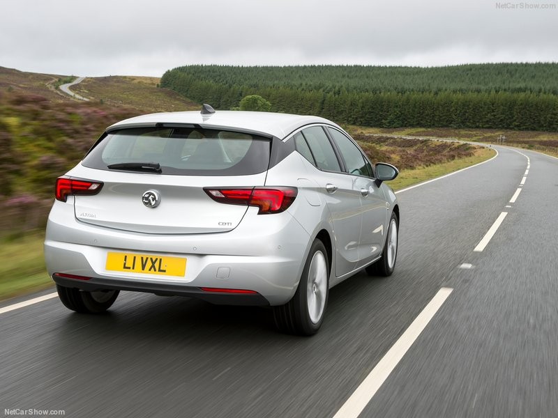 Vauxhall-Astra-2016-800-27