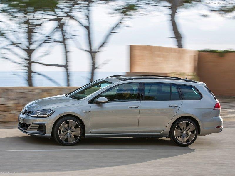 Volkswagen-Golf_GTD_Variant-2017-800-08