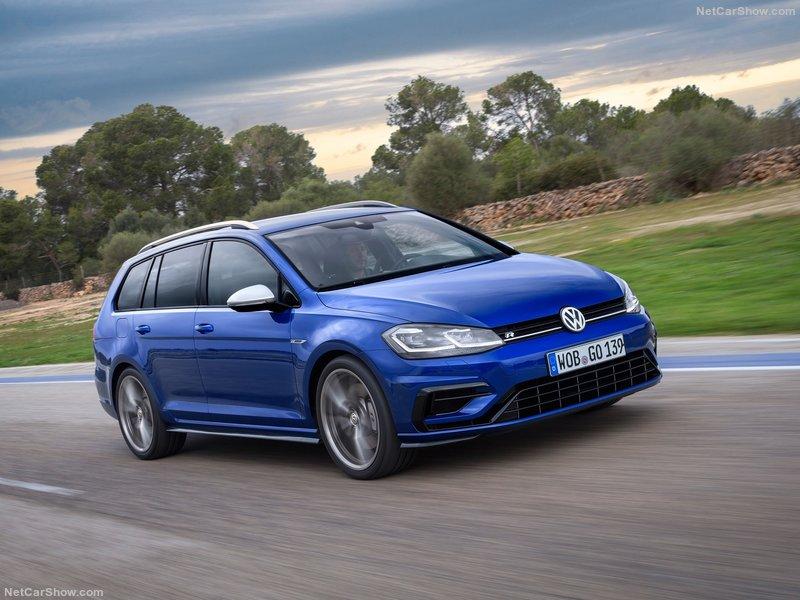 Volkswagen-Golf_R_Variant-2017-800-02