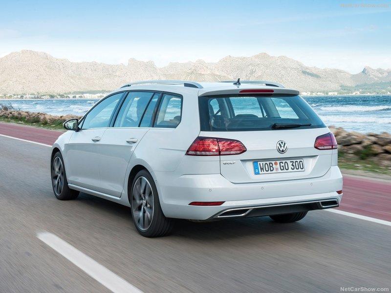 Volkswagen-Golf_Variant-2017-800-21