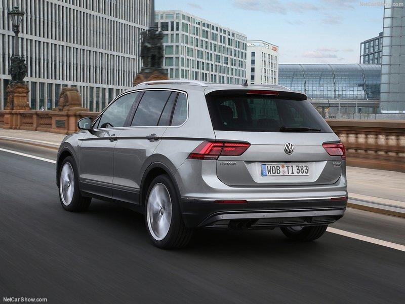 Volkswagen-Tiguan-2017-800-26