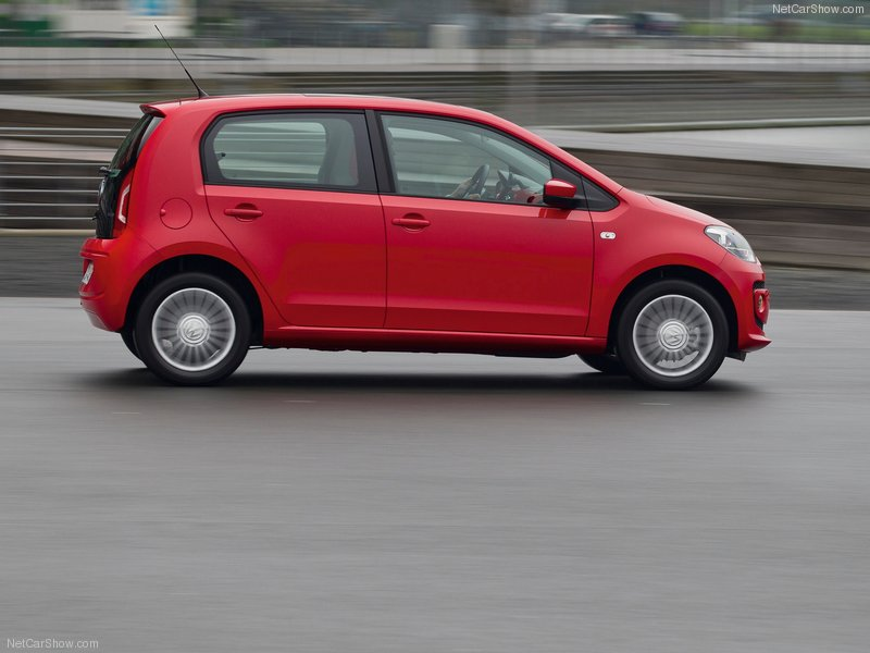 Volkswagen-Up_5-door_2013_side