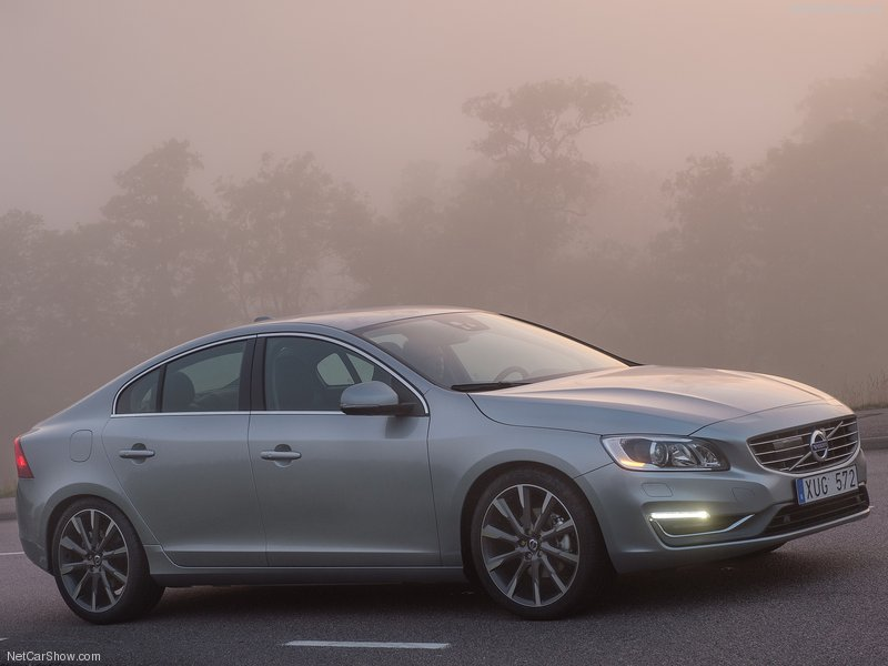 Volvo S60 T4 190ps Business Edition 4dr
