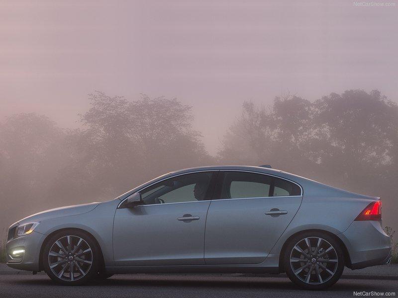 Volvo-S60-2014-800-11