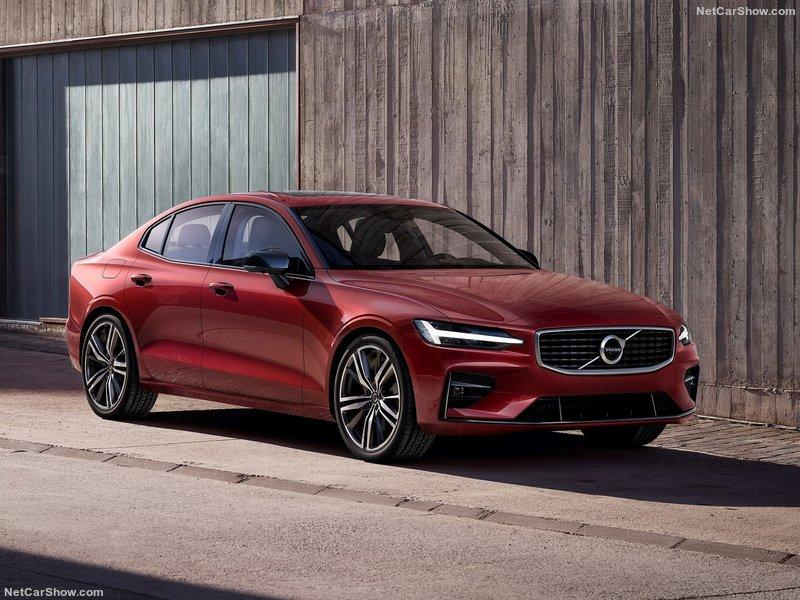 Volvo-S60-2019-800-02