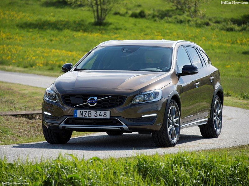 Volvo-V60_Cross_Country-2016-800-0b