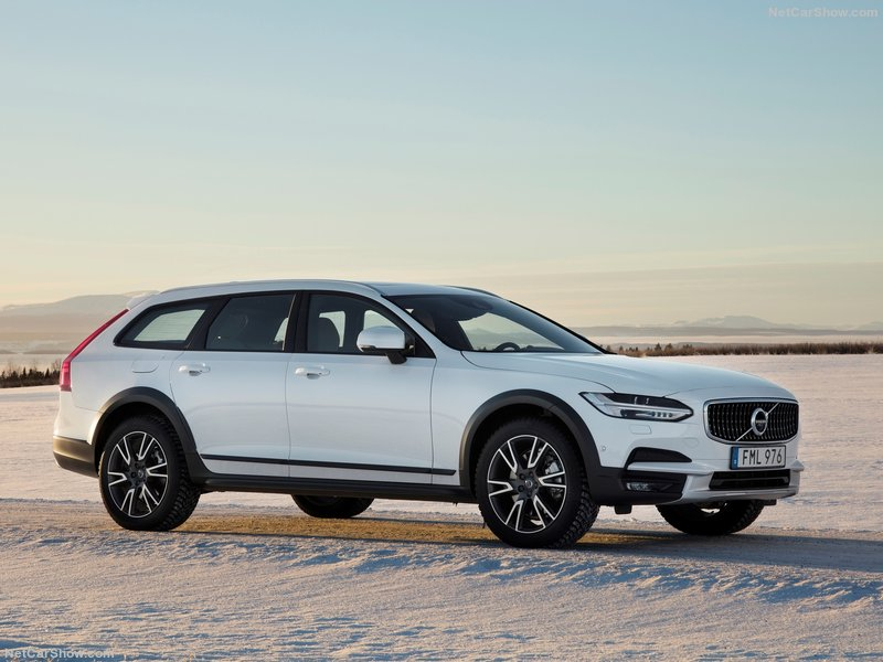 Volvo-V90_Cross_Country-2017-800-02